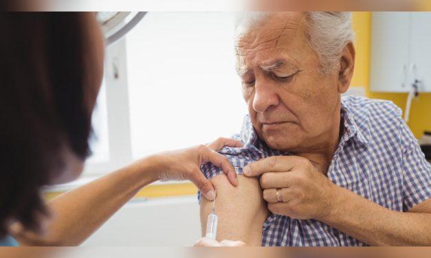 Vacunas COVID-19 disponibles para personas mayores