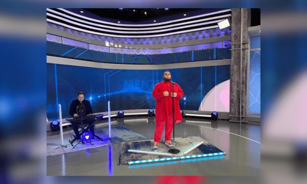 Enrique Ramil debuta en la televisión nacional de EEUU con su éxito «Mentira»