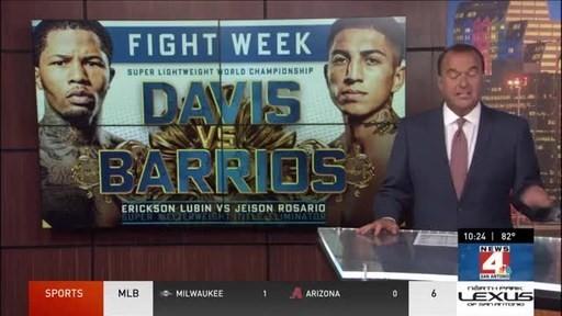 El campeón de la WBA en la división de peso superligero Mario «El Azteca» Barrios y Thomas J. Henry hablan antes de la pelea del campeonato PPV programada para el 26 de junio